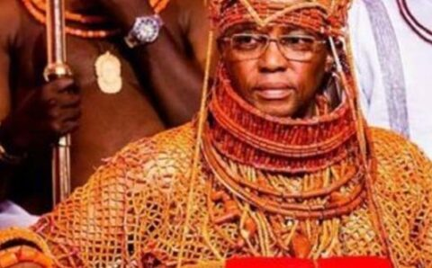 Oba of Benin warns Wike, other PDP Governors not to control Obaseki